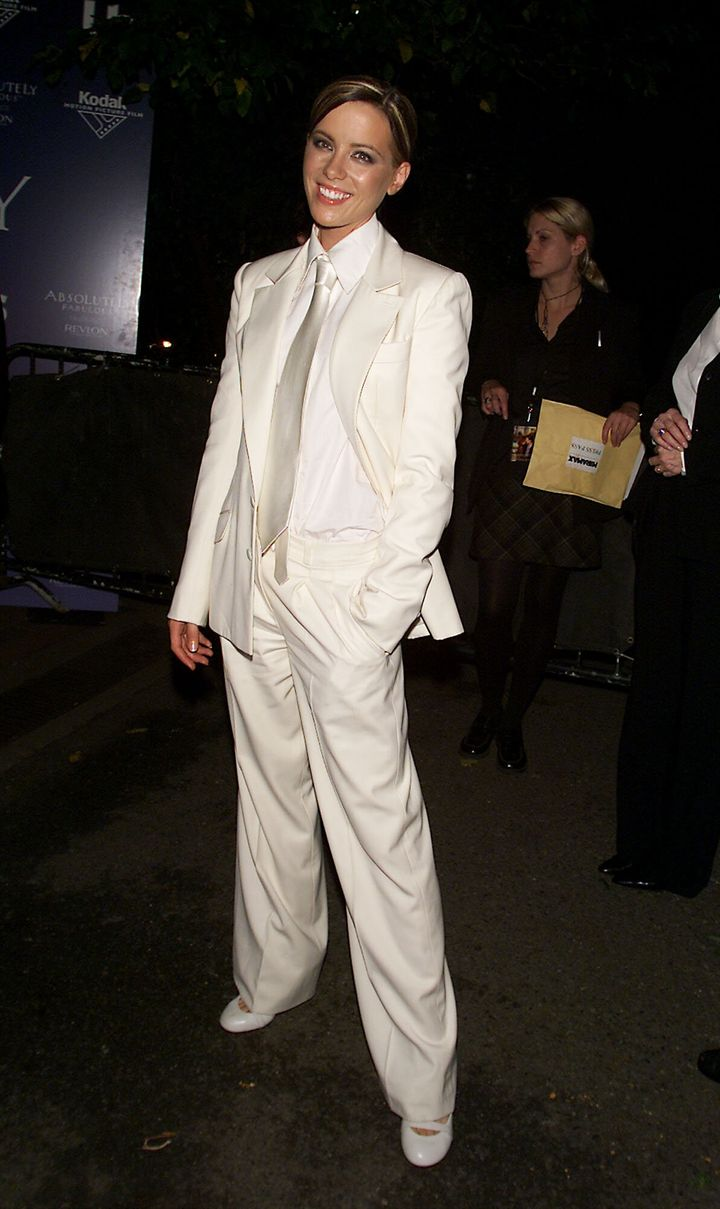 """Kate Beckinsale attends the 2001 premiere of """"Serendipity"""" in New York City."""