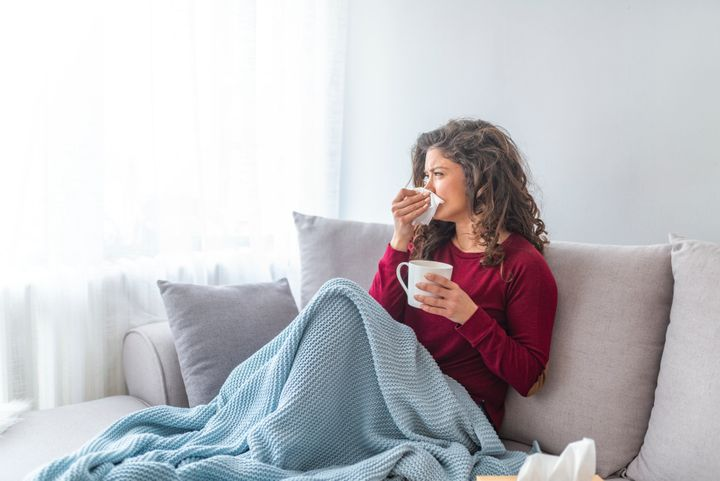 Mild symptoms of COVID-19 may seem similar to those of the common cold.