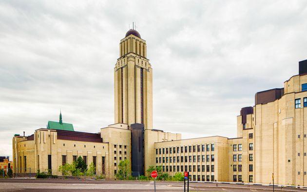 L'Université de Montréal a annoncé qu'elle annulait les collations des grades. (photo