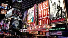 Broadway Μιλάει Ως Coronavirus Εξασφαλίζει Δείχνει Δεν Θα Πήγαινε Στη νέα υόρκη