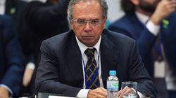 Governo antecipa 13º de aposentados entre medidas de combate ao
