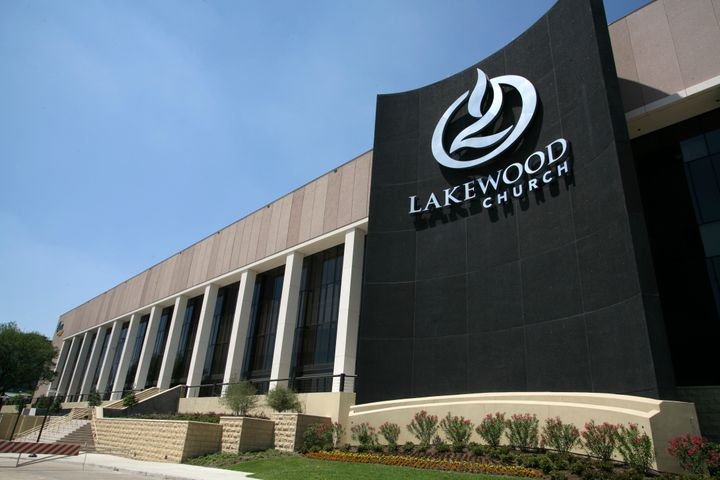 "Lakewood Church in Houston&nbsp;has temporarily&nbsp;<a href=""https://www.facebook.com/LakewoodChurch/"" target=""_blank"">cance"