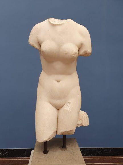 アフロディーテの彫刻
