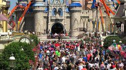 Η Disney κλείνει τα θεματικά πάρκα το ένα μετά το άλλο - Η «αυτοκρατορία» σε