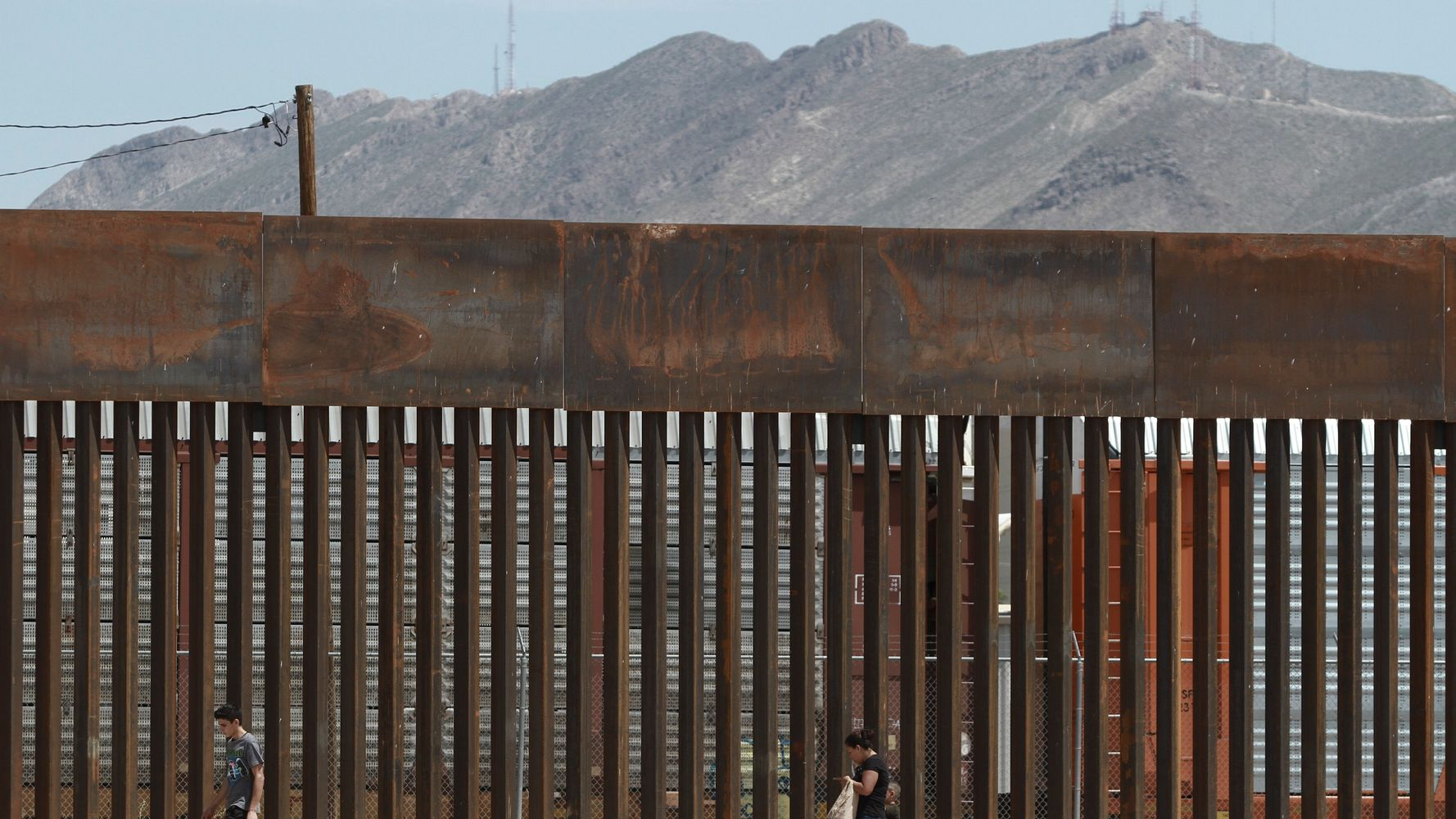 Pregnant 19-Year-Old Dies Trying To Climb U.S. Border Wall