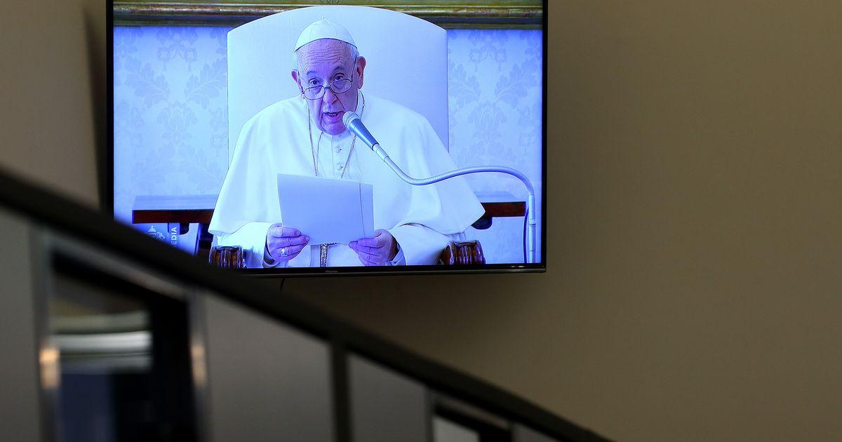 Anniversario Matrimonio Vaticano.Il Papa Fa Riaprire Le Parrocchie Romane Nel Suo Anniversario