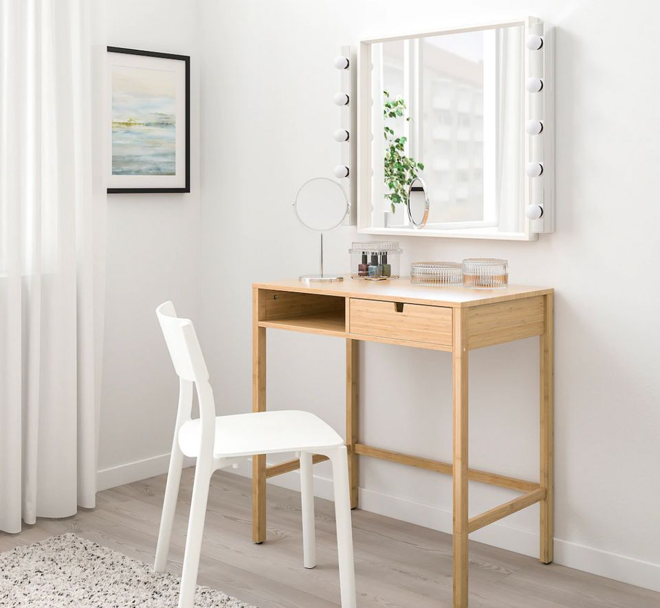 30 Desks For Small Spaces From Target Walmart Amazon Ikea And More Huffpost Life