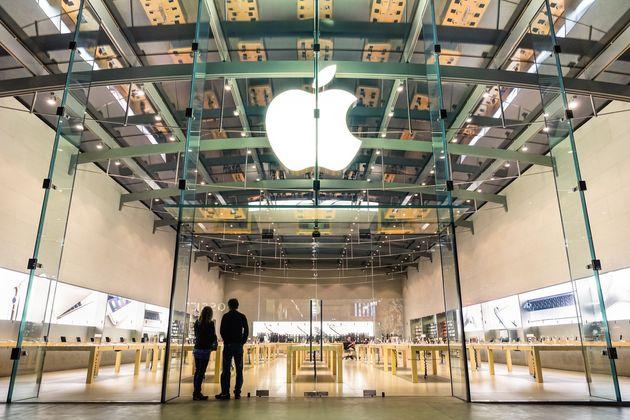 Apple store sur 3rd Street Promenade, à Santa Monica, près de Los Angeles, en