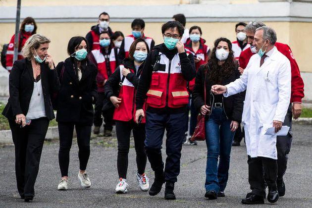 Medici cinesi allo
