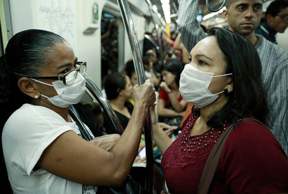 Ministério da Saúde recomendou ações para reduzir o fluxo urbano, como adoção...