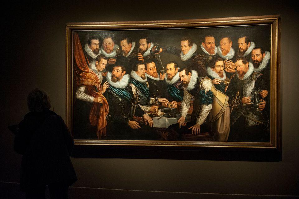 Περιήγηση στα μεγαλύτερα μουσεία του κόσμου ενώ