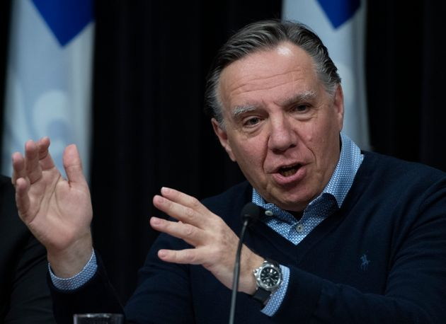 Le premier ministre du Québec, François Legault, répond aux questions des journalistes alors que le gouvernement...