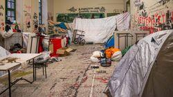 Πολυτεχνείο: Η Αστυνομία εκκένωσε το κτήριο Γκίνη - 50