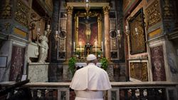 바티칸 시국이 코로나19 여파로 부활절 미사도 인터넷