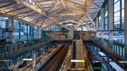 JR高輪ゲートウェイ駅に最新照明を導入⇒時間帯や天候で色温度が変化