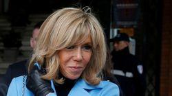 Se promenant sur les quais, Brigitte Macron choquée par... les Parisiens se promenant sur les