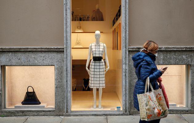 Συγκρατημένη αισιοδοξία στην Ιταλία - Ενδείξεις μείωσης του ρυθμού αύξησης των κρουσμάτων στην