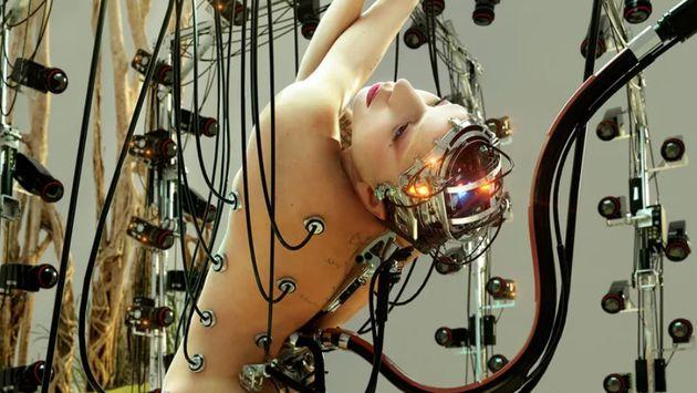 Η απίθανη -χωρίς υπερβολή- φωτογράφιση της Lady Gaga για το νέο