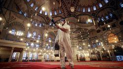 Τα μέτρα που παίρνει η Τουρκία για τον κορονοϊό: Κλείνει σινεμά, καφετέριες,