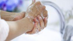 El problema de piel que puede acarrear lavarte tanto las manos y cuál es la