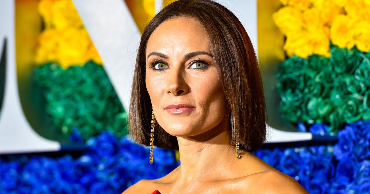 Broadway's Laura Benanti Urges Theater Kids From Shuttered Schools To Sing Out