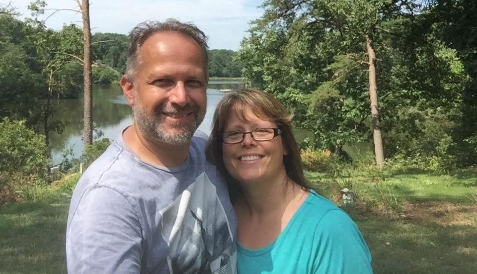 Jason Street and wife