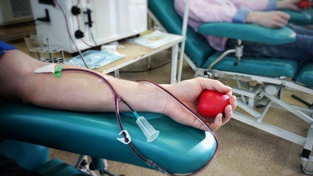 Risposta da record dei donatori: ora c'è surplus di sangue.