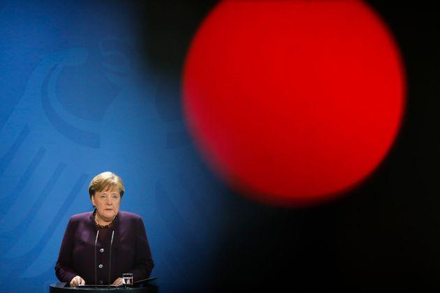 Alemania cierra sus locales comerciales salvo alimentación, primera necesidad... y
