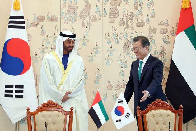 문재인 대통령과 모하메드 빈 자이드 알 나흐얀 아랍에미리트(UAE)
