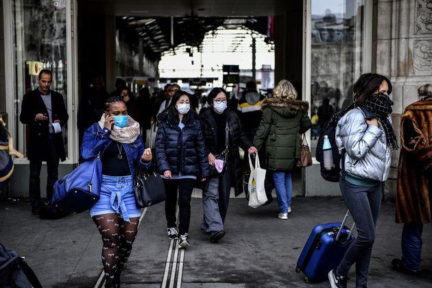 Ελληνίδες φοιτήτριες στη Γαλλία εξηγούν πώς βιώνουν την πανδημία σε μια ξένη