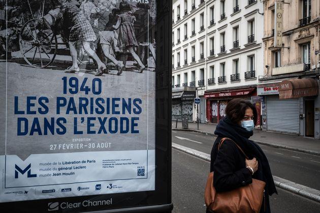 À Paris, le 17 mars 2020, au lendemain de l'annonce du confinement des Français par le...