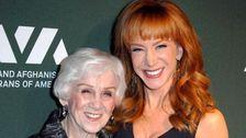 Kathy Griffin Sagt, Sie ist 'Entkernt', Nachdem Ihre Mutter Maggie Stirbt Im Alter von 99