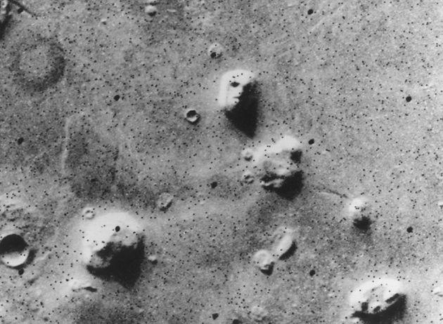 """Il mistero del """"volto su Marte"""" svelato in 60 secondi"""