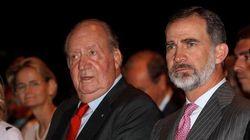 La España en cuarentena exige al rey emérito a golpe de cacerola que done su supuesta fortuna a la