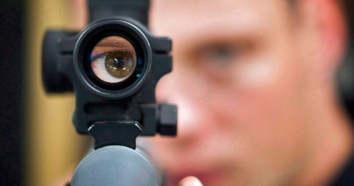 COVID-19の恐怖の中でカナダの銃販売スパイク、より厳しい銃器法