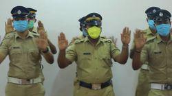 Το χορευτικό βίντεο της Ινδικής Αστυνομίας για το πλύσιμο των χεριών που έγινε