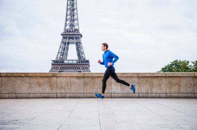 Le jogging reste actuellement autorisé en France, à certaines conditions. (photo