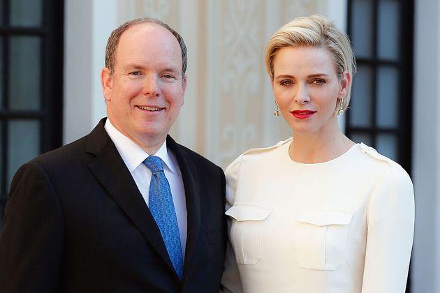 Il principe Alberto II di Monaco è positivo al