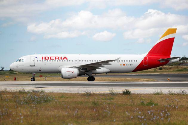 Iberia y Nissan presentan ERTEs para 13.900 y 3.500 trabajadores,