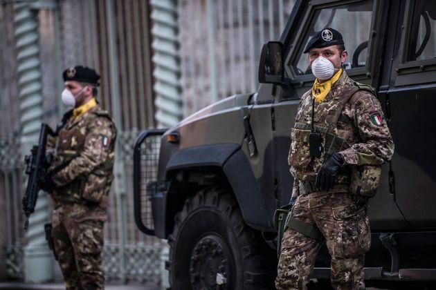 Esercito al Sud contro i furbetti | L'HuffPost