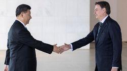 Ofendido com resposta chinesa ao filho, Bolsonaro quer