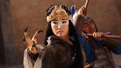 """実写版『ムーラン』、小池栄子さんが演じる""""魔女シェンニャン""""はどんな役?「時には姉、時には母のように…」"""