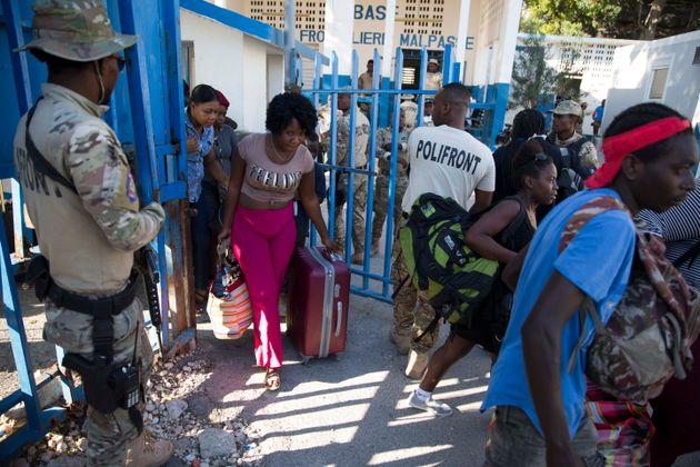 Πολίτες της Αϊτής επιστρέφουν...