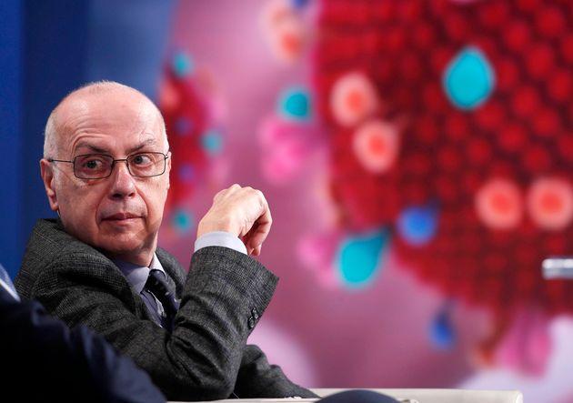 """Gianni Rezza: """"Per ora non è previsto di vaccinare i"""