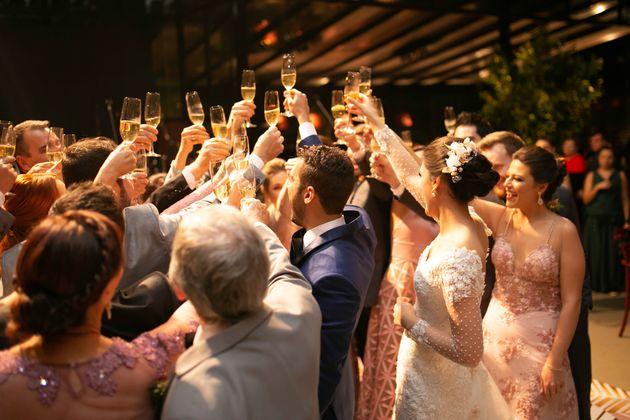 Setor de casamentos prevê mercado paralisado nos próximos três
