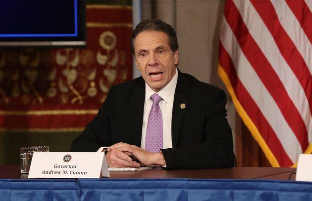 Le gouverneur de New York Andrew Cuomo prend la parole lors de sa conférence de presse quotidienne,...