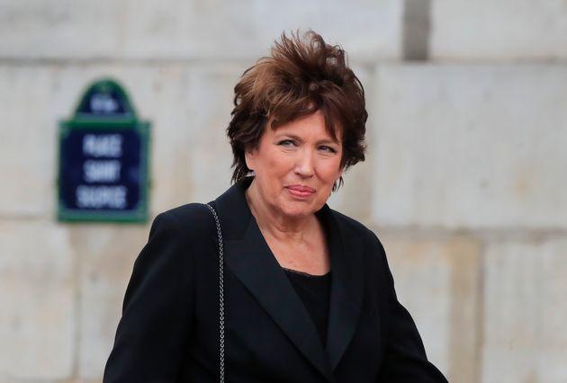 Roselyne Bachelot, critiquée pour les achats massifs de masques contre la grippe A,n'est...