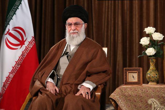 In Iran 1685 morti. Khamenei rifiuta gli aiuti Usa: