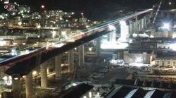 A Genova il nuovo ponte si illumina con il tricolore. Renzo Piano: