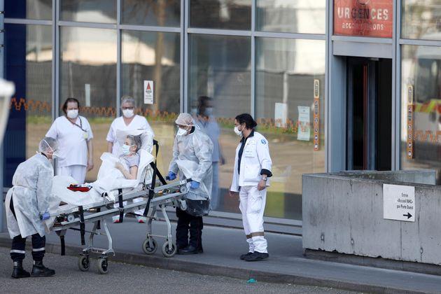 Alors que des patients de coronavirus sont transférés entre régions, la fédération...